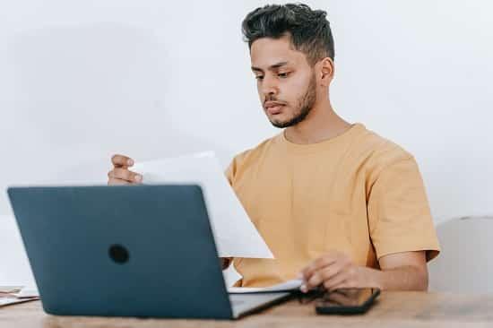 Comprobación de documentos y trabajos con ordenador